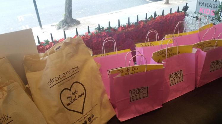 A crown of curls - goody bags